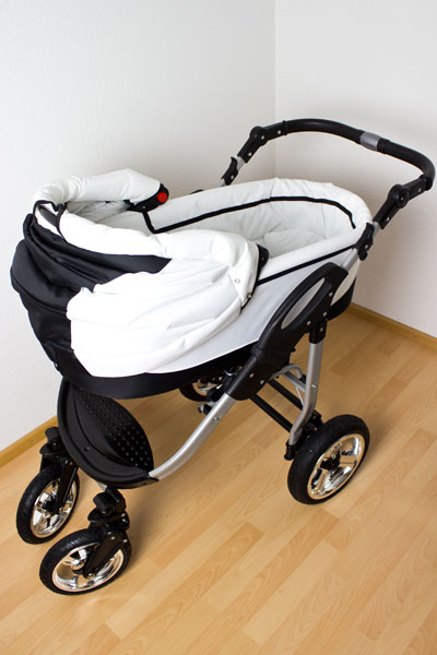 bergsteiger capri kombi kinderwagen im test babytest. Black Bedroom Furniture Sets. Home Design Ideas